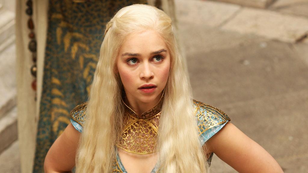 Daenerys-Targaryen-Season-2-daenerys-targaryen-30767837-1024-576
