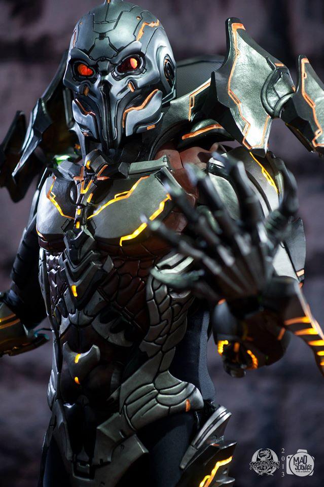 Astounding Halo 4 Didact Cosplay - The GCE